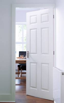 Moulded Internal Doors Supplied and Fitted From £45